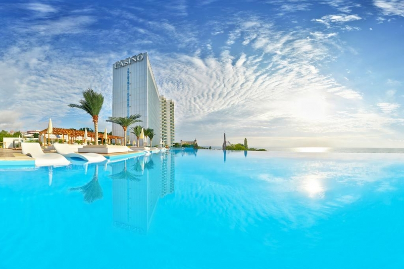 HOTEL INTERNATIONAL CASINO & TOWER SUITES 5* -  Nisipurile de Aur